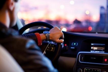 Syksyllä kannattaa autoilla rauhallisesti - rikesakot kaksinkertaistuvat